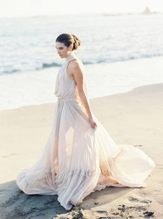 Gown: Houghton Bride…