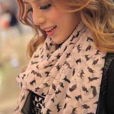 Kitten Scarf – Crazy Cat Lady Clothing
