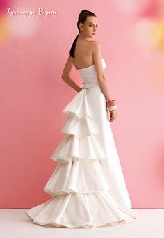 Absolutely Gorgeous!!! Giuseppe Papini's wedding dress 2013 11