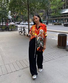 The Effective Pictures We Offer You About tomboy fashion sweatpants A quality picture can tell you m Goth Outfit, Tomboy Outfits, Tomboy Fashion, Mode Outfits, Retro Outfits, Grunge Outfits, Look Fashion, 90s Fashion, Streetwear Fashion