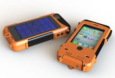 Aqua Tek S – Rugged Waterproof Solar Powered Battery-Boosting iPhone 4/4S Case