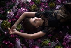Photoshoot in flowers by BROCCOLI photography Photoshoot Ideas, Broccoli, Flowers, Photography, Fotografie, Floral, Photography Business, Photography Ideas, Photo Shoot
