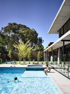 aesthetic design of Wolseley by McKimm by McKimm Developments, Melbourne, VIC Outdoor Pool, Outdoor Spaces, Outdoor Living, Swimming Pools Backyard, Pool Landscaping, Brighton, Ideas De Piscina, Garden Design Ideas On A Budget, Melbourne