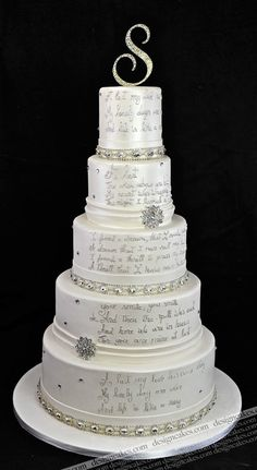 Amazing detail on this cake.  Beautiful crystal and silver, lovely for a winter wedding.