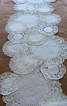 ideas for vintage party decorations diy paper doilies Bridal Shower Tea, Tea Party Bridal Shower, Baby Shower Parties, Tea Party Wedding, Baby Showers, High Tea Wedding, Doily Wedding, Baby Shower Tea, Baptism Party
