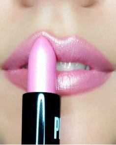 Long Lasting Matte Lipstick, Metallic Lipstick, Makeup Lipstick, Makeup Cosmetics, Lipsticks, Eyebrow Makeup Tips, Beauty Makeup, Brown Skin Makeup, Lime Crime Lipstick
