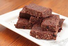 brownie de cacau sem glúten e leite - Foto: jaroas / pixabay.com