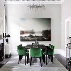 My own little corner Beautiful Dining Rooms, Beautiful Homes, Decor Interior Design, Interior Decorating, Interior Stylist, Luxury Lifestyle, Instagram, Luxury Homes, Dining Chairs