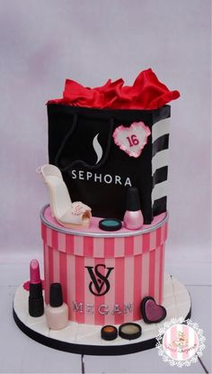 Sweet 16 Fashion Cake by Sweet Surprizes