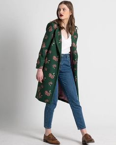"Today it's Green Day💚and this is ""MADELEINE"" coat. #karavan #karavanclothing #karavangirl"