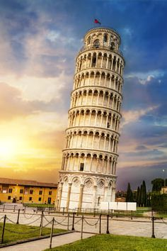The Leaning Tower of Pisa is one of the most famous monuments in the world. Credited as a popular tourist spot, the Tower of Pisa is full of amazing facts. Travel Around The World, Around The Worlds, Pisa Tower, Pisa Italy, Tuscany Italy, Famous Buildings, Famous Monuments, Italy Tours, Dreams