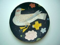 Makota Kagoshima — I love the colours, the composition, and the quirkiness Ceramic Clay, Ceramic Plates, Kagoshima, Ceramic Animals, Porcelain Jewelry, Japanese Pottery, Japanese Artists, Easy Paintings, Pottery Art