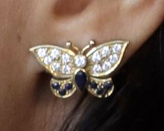 Chronicling the Chic, Classic and Casual Style Duchess of Sussex (the former Meghan Markle) Fancy Jewellery, Royal Jewelry, Princess Diana Jewelry, Princess Mary, Sussex, Royal Engagement, Butterfly Earrings, Lady Diana, The Chic