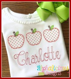 Apple with Blanket Stitch Applique Design- Digitized Embroidery Design Machine Embroidery Quilts, Shirt Embroidery, Applique Embroidery Designs, Embroidery Files, Applique Patterns, Embroidery Stitches, Quilting, Fall Applique, Blanket Stitch