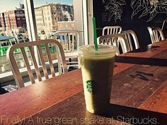 Yup #sunlight makes your #photos come to #life. I took this photo , #green #drink #summertime #madness #freah #healthy #starbucks #tasteslikesummer #cool #chill #foodphotography #cafehopping like there is no tomorrow. #brilliant #photography #foodies #boston #fenway #aviaryapp #aviarychallenge #massachusetts #betterthancoffee for ya... http://tipsrazzi.com/ipost/1510994070661708568/?code=BT4IRoHgzsY