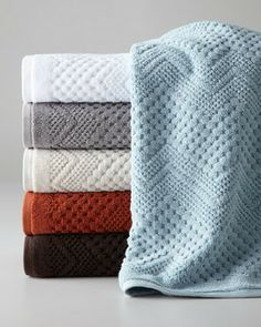 Kassatex Chateau Towels from Horchow. Shop more products from Horchow on Wanelo. Best Bath Towels, Bath Towel Sets, Banjo, Bathroom Towel Decor, Bath Decor, Bathroom Ideas, Room Decor, Cheap Baths, Sterling Grey