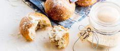 Hapanjuuri, leipäjuuri ja juureen tehdyt sämpylät, Kotiliesi.fi Camembert Cheese, Dairy, Food, Meals, Yemek, Eten