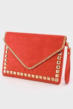 Ladiesfashionsense.com Blog: Item Of The Day: Rockstud Clutch#rockstudclutch, #studdedclutchpurse, #studdedbag Shop clutch>>http://www.ladiesfashionsense.com/clutches/black_rockstud_gold_border_chain_clutch_bag.html
