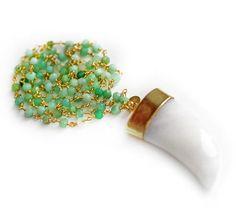 CHRYSOPRASE white agate horn necklace