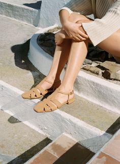 Ulla Johnson, Leather Cover, Dune, I Dress, Designer Shoes, Espadrilles, Black Leather, Beige, Sandals