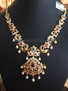 Kundan and Pachi Necklace Sets Gold Earrings Designs, Gold Jewellery Design, Necklace Designs, Gold Jewelry Simple, Silver Jewelry, Necklace Set, Simple Necklace, Gold Necklace, Indian Jewelry