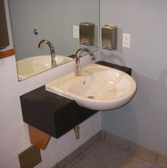 Handicap Bathroom Sinks Disabledbathroomdesigns See More Design Ideas For Disabled Bathrooms At Http