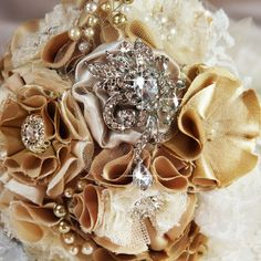 Vintage inspired rhinestone crystal brooch for DIY wedding bouquet