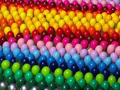 plastic eggs in rainbow colours :) Love Rainbow, Taste The Rainbow, Over The Rainbow, Rainbow Colors, Rainbow Sweets, Rainbow Baby, World Of Color, Color Of Life, All The Colors