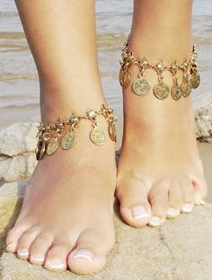 Female anklets the ideal technique to take your bijou compilation to a higher point. Gypsy Jewelry, I Love Jewelry, Women Jewelry, Fashion Jewelry, Chain Jewelry, Jewelry Accessories, Jewellery, Turquoise Jewelry, Silver Jewelry