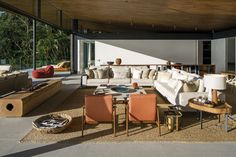 Casa Delta by Bernardes Arquitetura | The connection with the outside is wonderful, and I also love the color palette as it combines warm and cool tones really well. #design