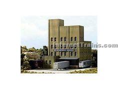 DPM HO Scale Building Kit - Tera Surplus Window Warehouse