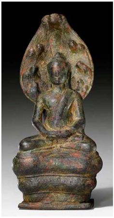 Upcoming sale of Cambodian Antiquities with Shaky or Non-Existent Provenance – UPDATED – Nord on Art Buddhist Temple, Buddhist Art, Art Thai, Asian Sculptures, African Origins, Different Forms Of Art, Buddha Head, Stone Sculpture, Sacred Art