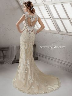 Casar Bridal Couture. Miriam back