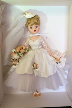 "Madame Alexander Doll 2002 MADC June Bride Le 21"" Cissy COA Madcc 