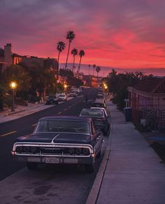 Los Angles California - Humor Photo - Humor images - Los Angles California The post Los Angles California appeared first on Gag Dad. City Aesthetic, Retro Aesthetic, Travel Aesthetic, Photo Wall Collage, Picture Wall, Aesthetic Backgrounds, Aesthetic Wallpapers, Photo Vintage, Vintage Cars