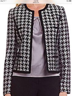 Boucle Jacket, Tweed Jacket, Business Attire, Business Fashion, Classic Work Outfits, Chanel Style Jacket, Blazer Fashion, Elegant Woman, Winter Fashion