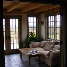 Sitting Room With Timber Framed Ceiling - All Home Decors New England Style, New England Homes, Early American Homes, 4 Season Room, Condo Living, Living Room, Box Houses, Room Additions, Sunrooms