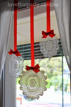 Want snow at Christmas time? DIY your own snowflake decorations with these pretty vintage doilies! Love That Party www.lovethatparty.com.au