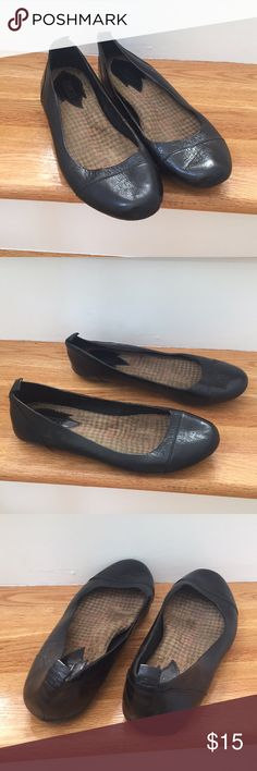 Born leather ballet flats size 9 Born black leather ballet flats lightly worn Born Shoes Flats & Loafers