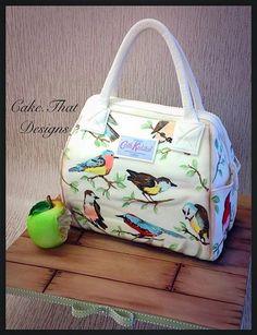 bird purse cake