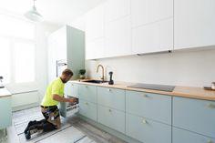 Viimeistelytöitä vedenvihreässä keittiössä. | Unique Home Turku Hana, Kitchen Cabinets, Unique, Home Decor, Decoration Home, Room Decor, Cabinets, Home Interior Design, Dressers