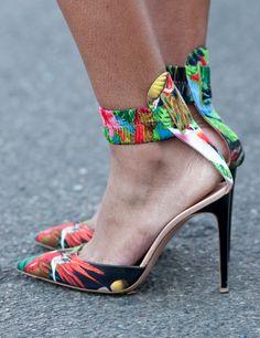 Tropical heels / altuzarra