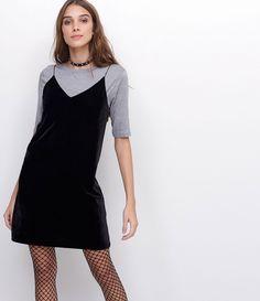 R$ 119,00   Vestido feminino  Alcinhas  Com blusa de sobreposição  Marca: Blue Steel  Tecido: veludo  Modelo veste tamanho: P     Medidas da modelo:     Altura: 1,73    Busto: 89    Cintura: 60    Quadril: 90     COLEÇÃO INVERNO 2017     Veja outras opções de    vestidos.