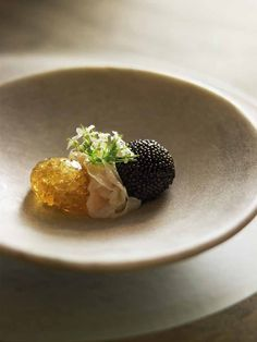This dish is extremely elegant and beautiful to eat. The burst of briny sea flavour from the caviar is tempered by the lushness of the crème fraîche and sashimi sea scallop. The pearl meat is an absolute delicacy and has a texture similar to abalone when it is shaved thinly and cooked gently.