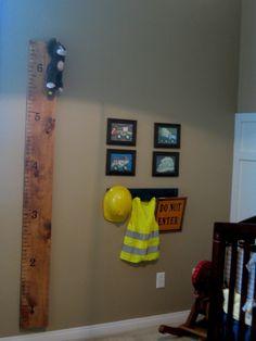 I dig dirt vinyl lettering boys room home decor for Boys construction bedroom ideas