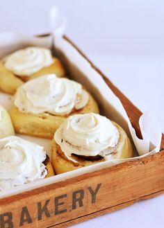 Cinnabon-Style Cinnamon Buns by Sweetapolita
