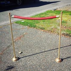 Red Carpet Stanchions : 5 Steps (with Pictures) - Instructables Red Carpet Theme Party, Red Carpet Event, Hollywood Red Carpet, Hollywood Theme, Hollywood Classroom, Deco Cinema, Carpet Trends, Carpet Ideas, Red Pictures