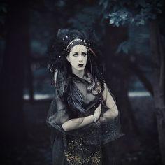 Gothic Hairstyles, Wedding Hairstyles, Headdress, Headpiece, Black Hair Pieces, Gothic Vampire, Dark Queen, Black Headband, Gothic Wedding