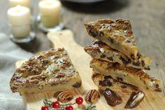 El budín de pan es un postre delicioso, sencillo de ce preparar y es un postre muy lucidor para cuando recibes visitas en tú casa. El budín con dátil y nuez es el postre ideal para la temporada navideña.