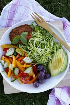 Assiette Crue de Spaghettis de Courgettes {Guest Post de Food Moods} | Del's cooking twist